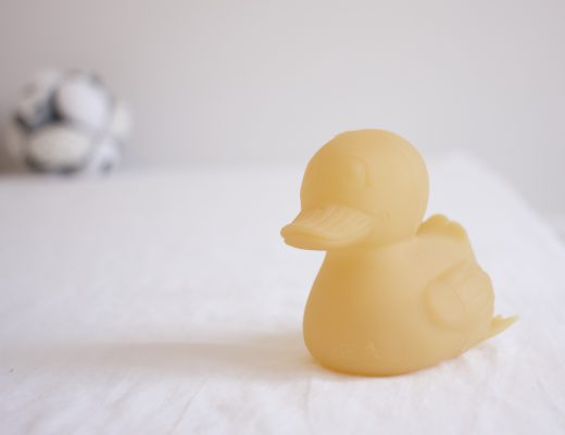 Hevea Natural Rubber Duck