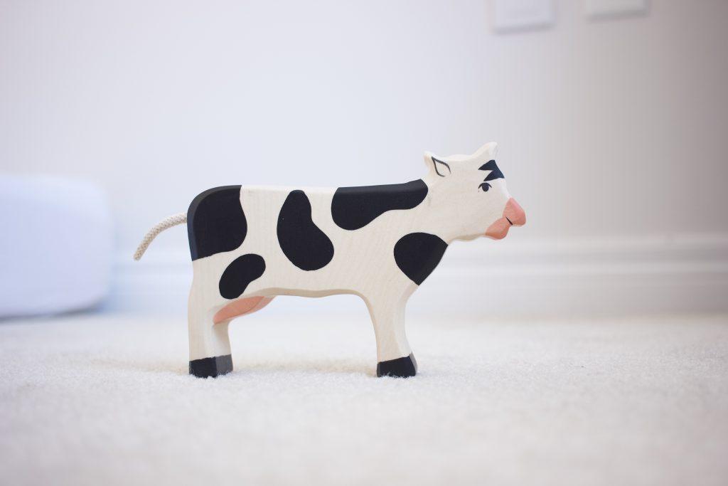 Holztiger Cow