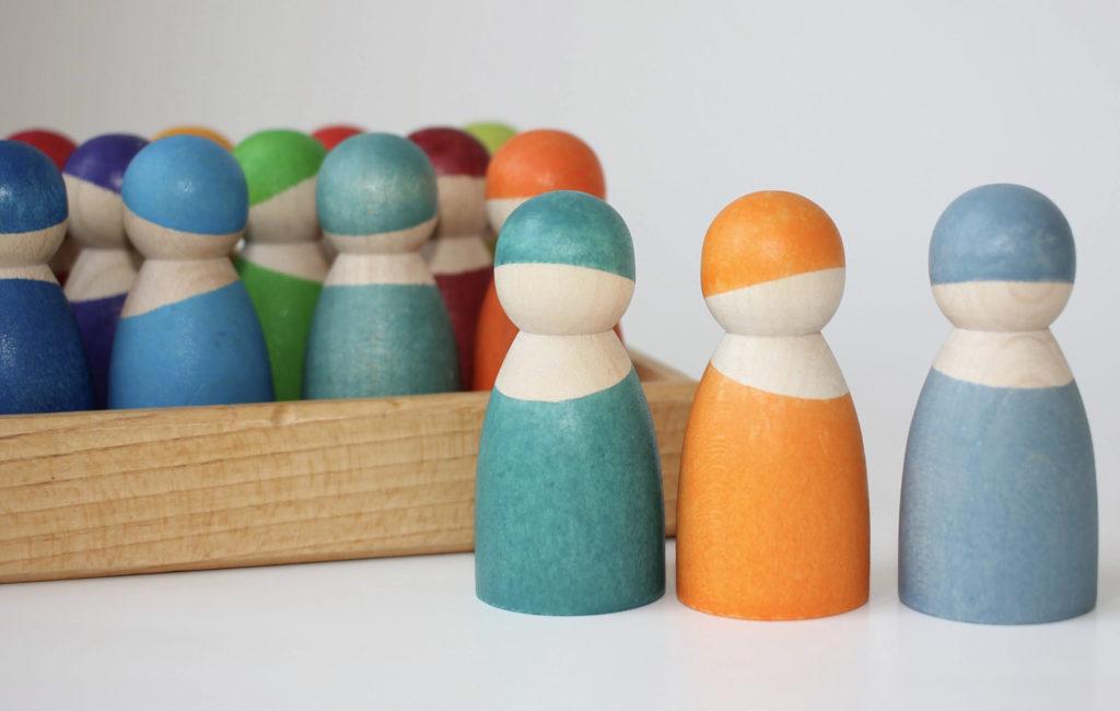 Grimms 12 rainbow friends vs pastel friends